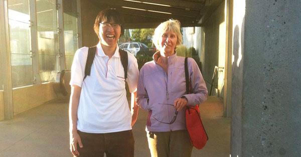 """women 留学で""""得られること""""ってなんですか?日本で何もなかったメガネ男がカナダ留学で得たこと7つ"""
