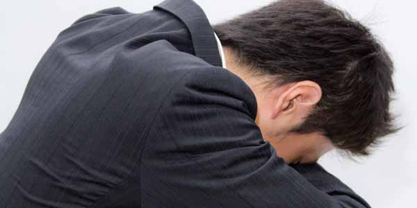 N811 unadarerusarari man 恋は終わった...僕たちの遠距離恋愛が失敗した2つの理由。世界一情けない男の決断