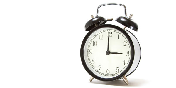 N811 oyatunojikanwosasutokei 「時間がない!」と感じてしまう原因は?いつも忙しい人が明確になってない4つのこと
