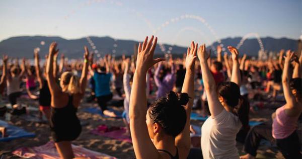 yogapeople バンクーバーでヨガを楽しもう!素敵な日本人ヨガ講師2人による「バンクーバーヨガリトリート」がこの夏開催!