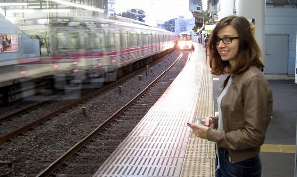 train YouTubeで話題!!「Texan in Tokyo」の国際カップルにインタビューしたら、2人とも魅力たっぷりでめっちゃ面白かったー!