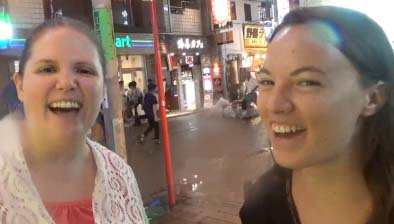 smile3 【ワーホリ・留学生は必読】初対面の外国人と話すときに大事な5つのこと!英語力より重要や!